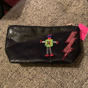 NWT Betsy Johnson small pouch